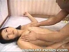 Japanese Oil massage lesson