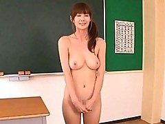 Erika Kirihara Babe is getting an exam from two doctors