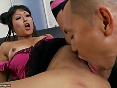 Blistering Yuki Mori gets her dripping minge licked