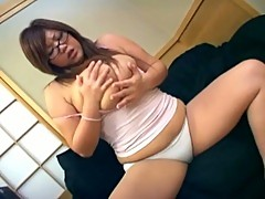 Massive tits chubby asian slut solo pussy playing session on cam